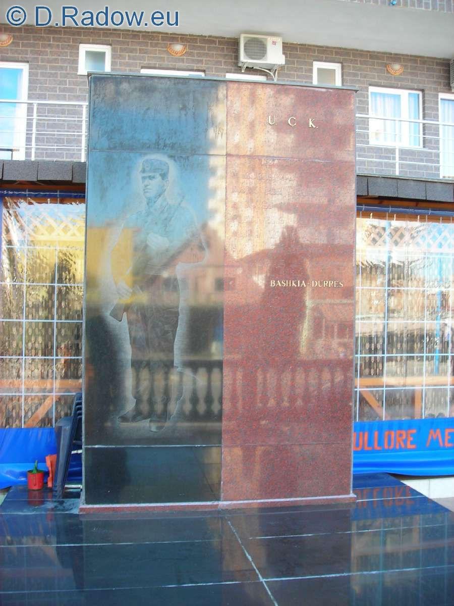 albanien-gedenken-der-uck-kaempfer-im-kosovo