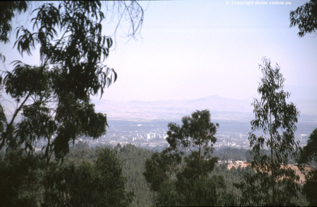 AE 16 Addis Abeba von oben