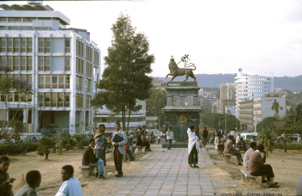 AE 45  Addis Abeba089