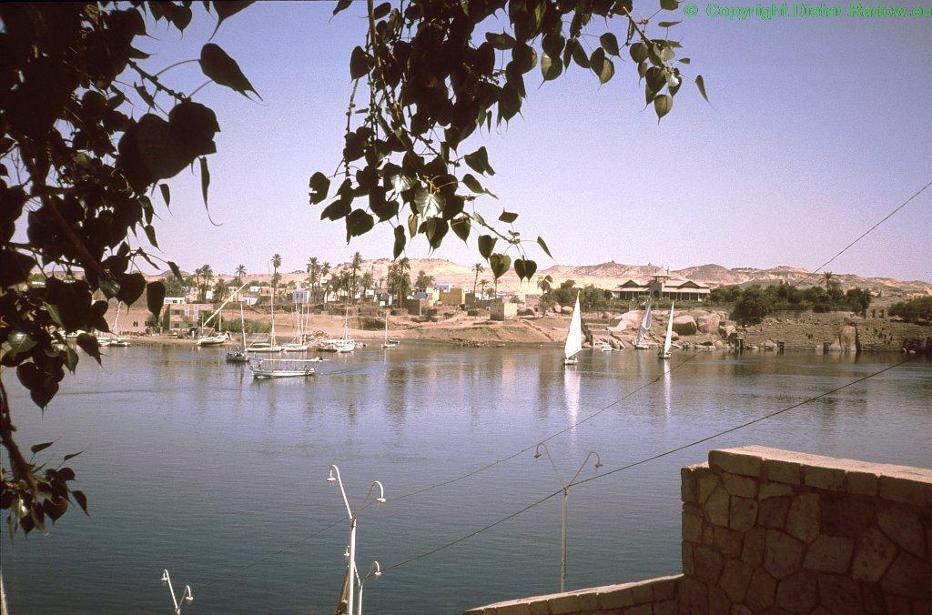Ägypten Nil Assuan Blick über den Fluß