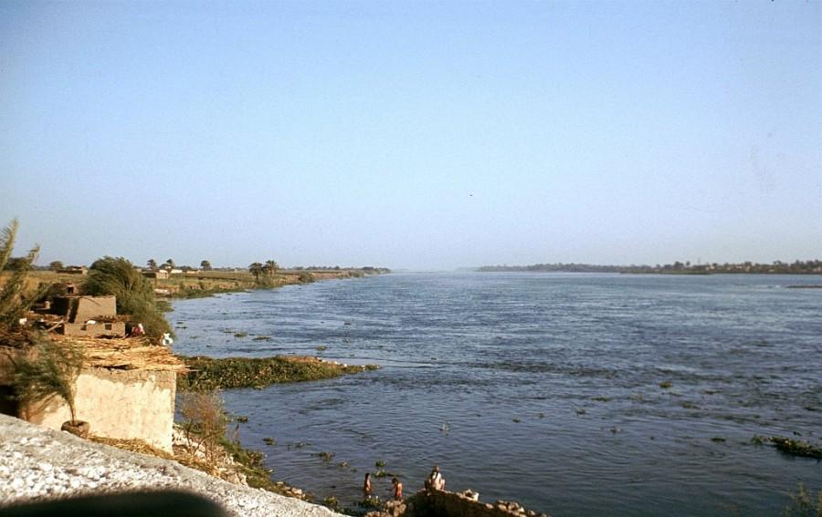 Ägypten Nil Fluß bei El Minya