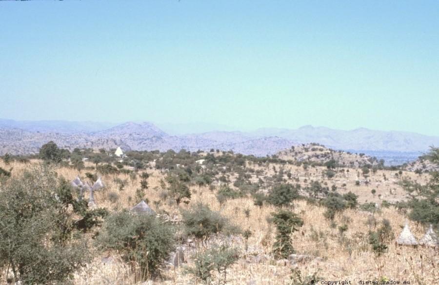 261 Kamerun Nord - Mandara-Landschaft