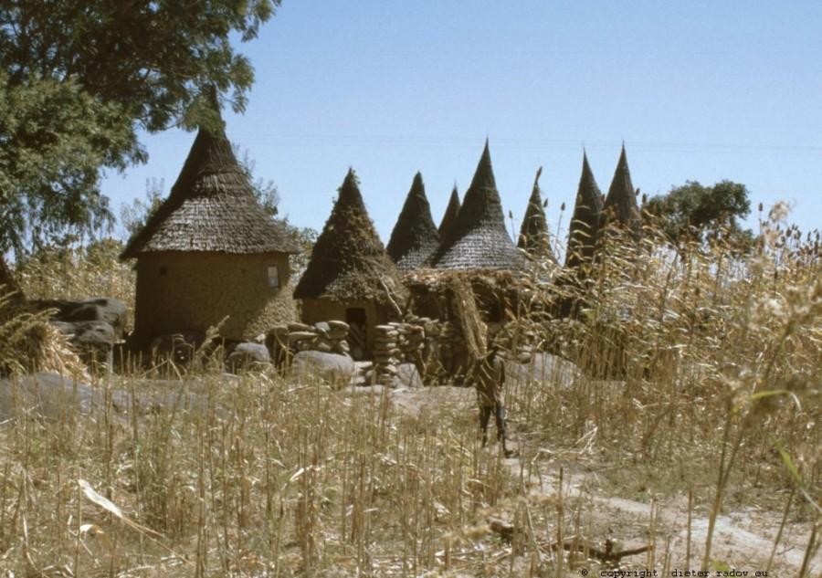 265 Kamerun Nord - Mandara-Siedlung 2