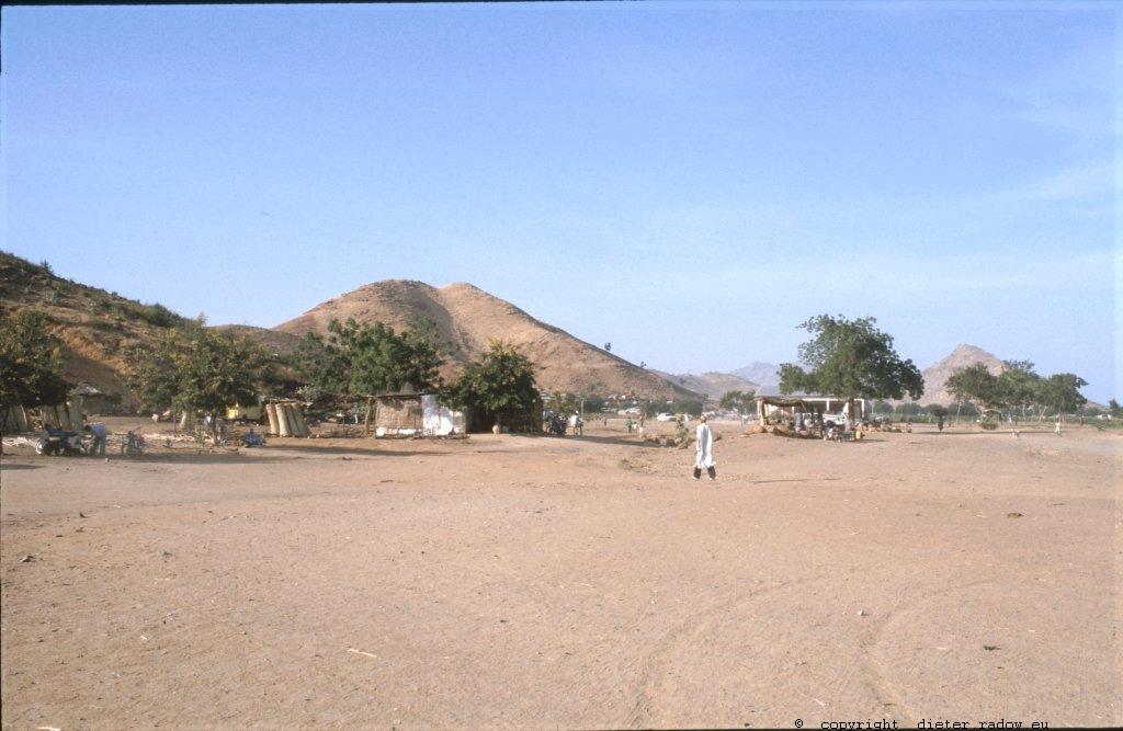 273 Kamerun Nord - Maroua Markt.