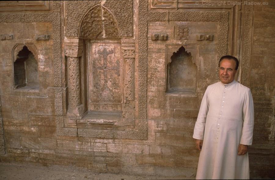 6232 Kloster St Behnam
