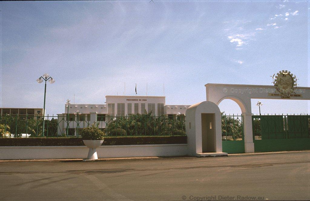 Ouagadougou 1996  -  Presidence de Faso: President-Palace