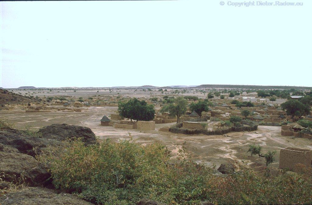 BF 49 Dorf im Sahel