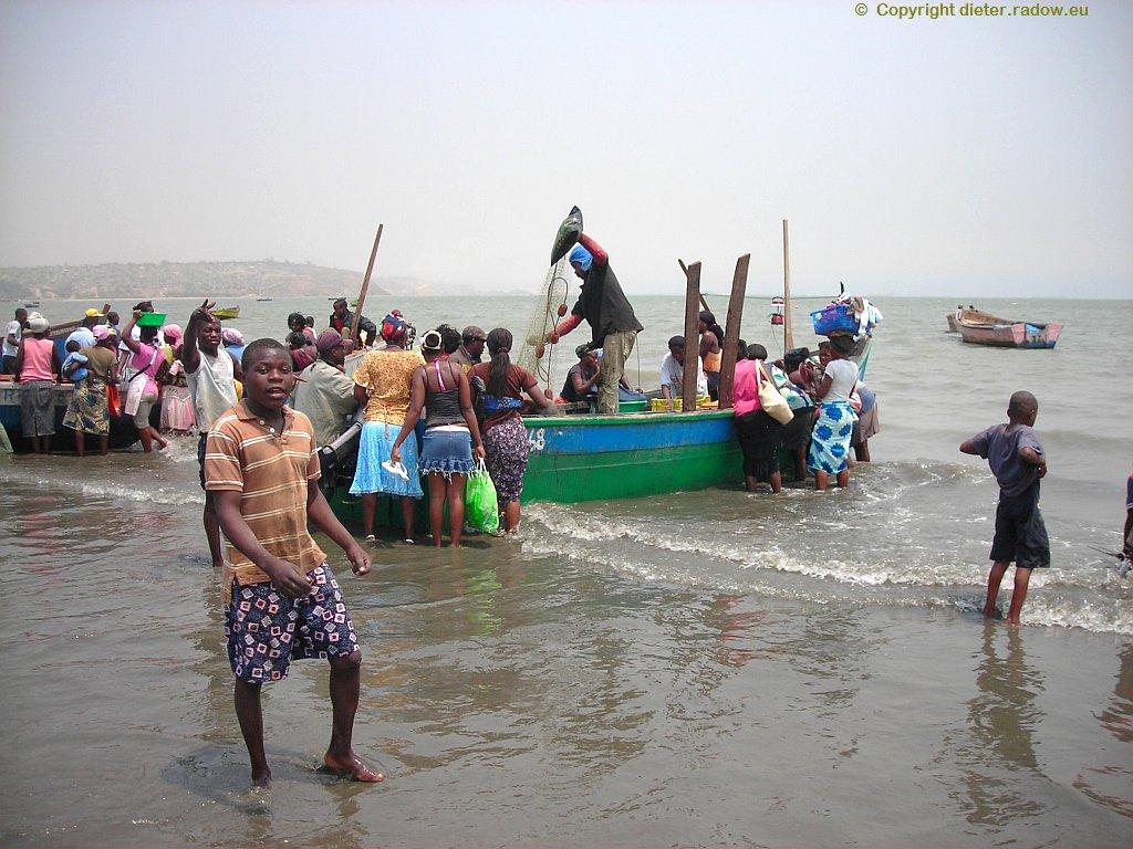 Cacuaco Strand Fisch-Anlandung
