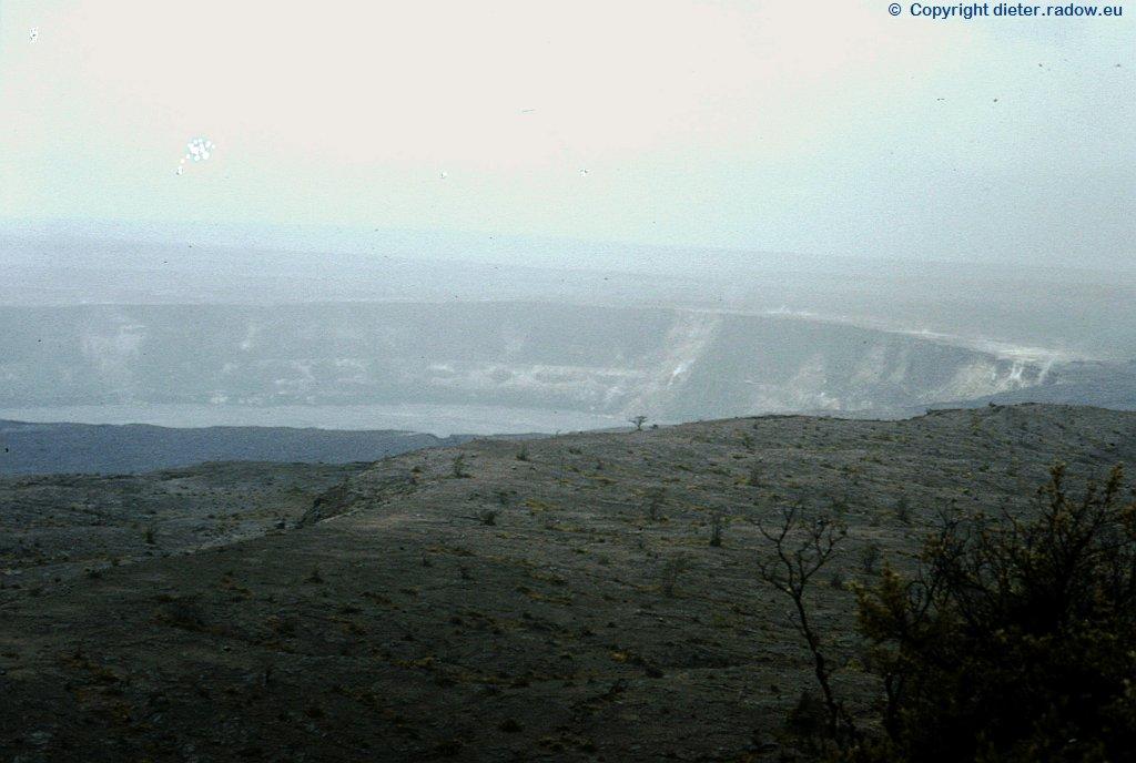 D0119  Krater