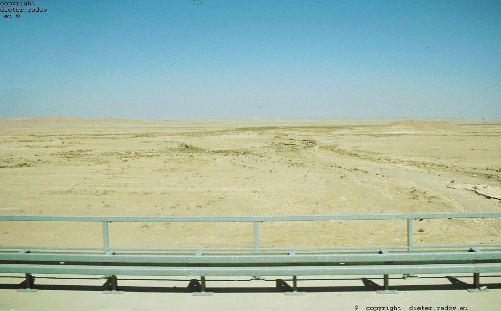 Irak Autobahnbrücke über Wadi