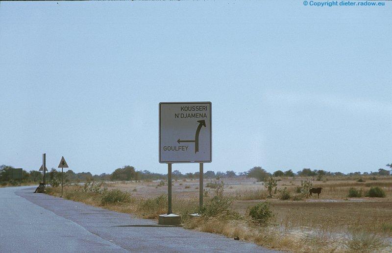 Kamerun Schild nach Tschad