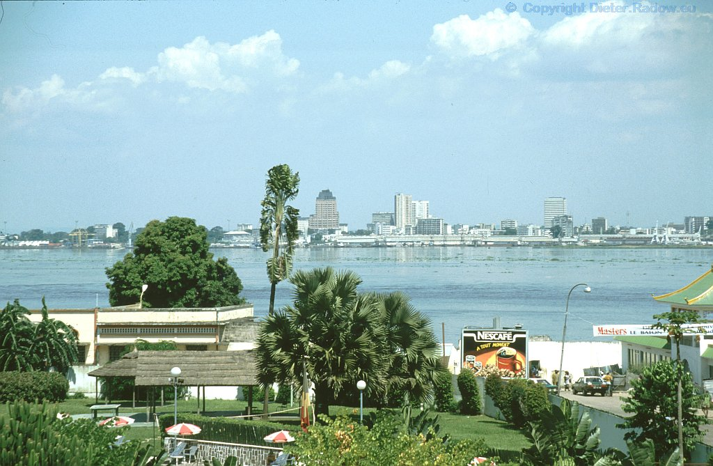 Kongo Silhouette von Kinshasa 1995