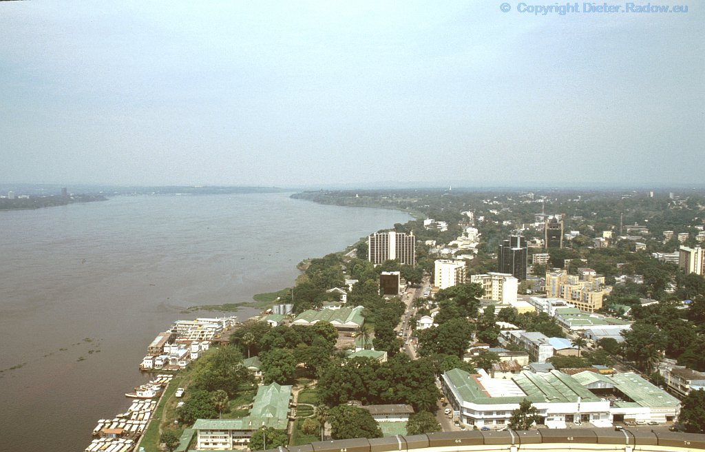 Kongo: der mächtige Strom zwischen den Hauptstädten Kinshasa und Brazzav
