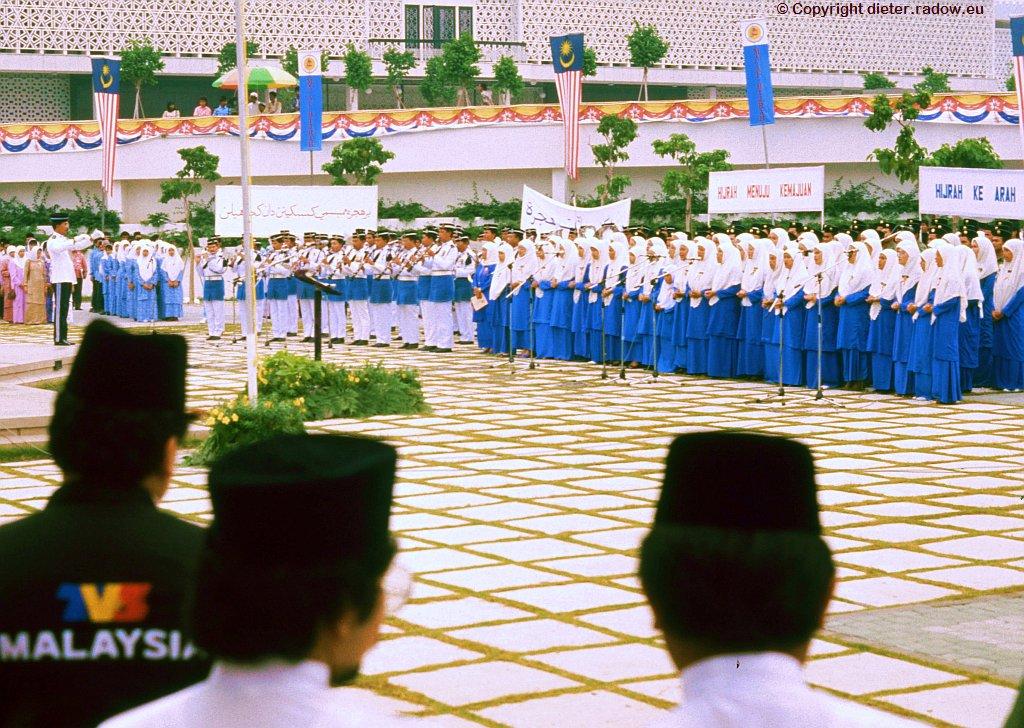 Kuala Lumpur-035 Ehrenjungfern
