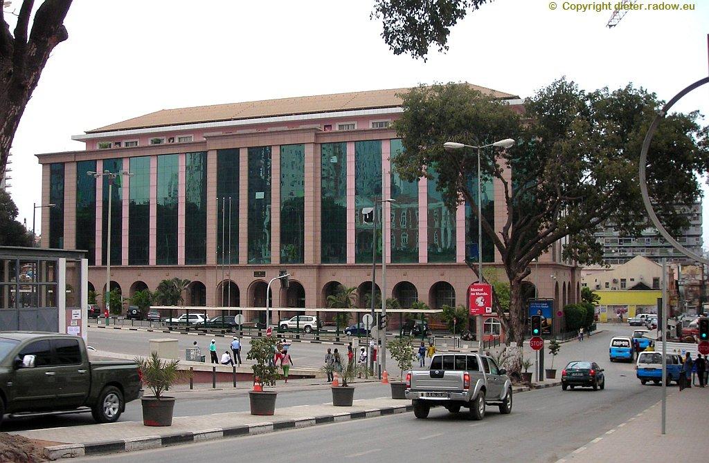 Luanda Altstadt Finanzministerium