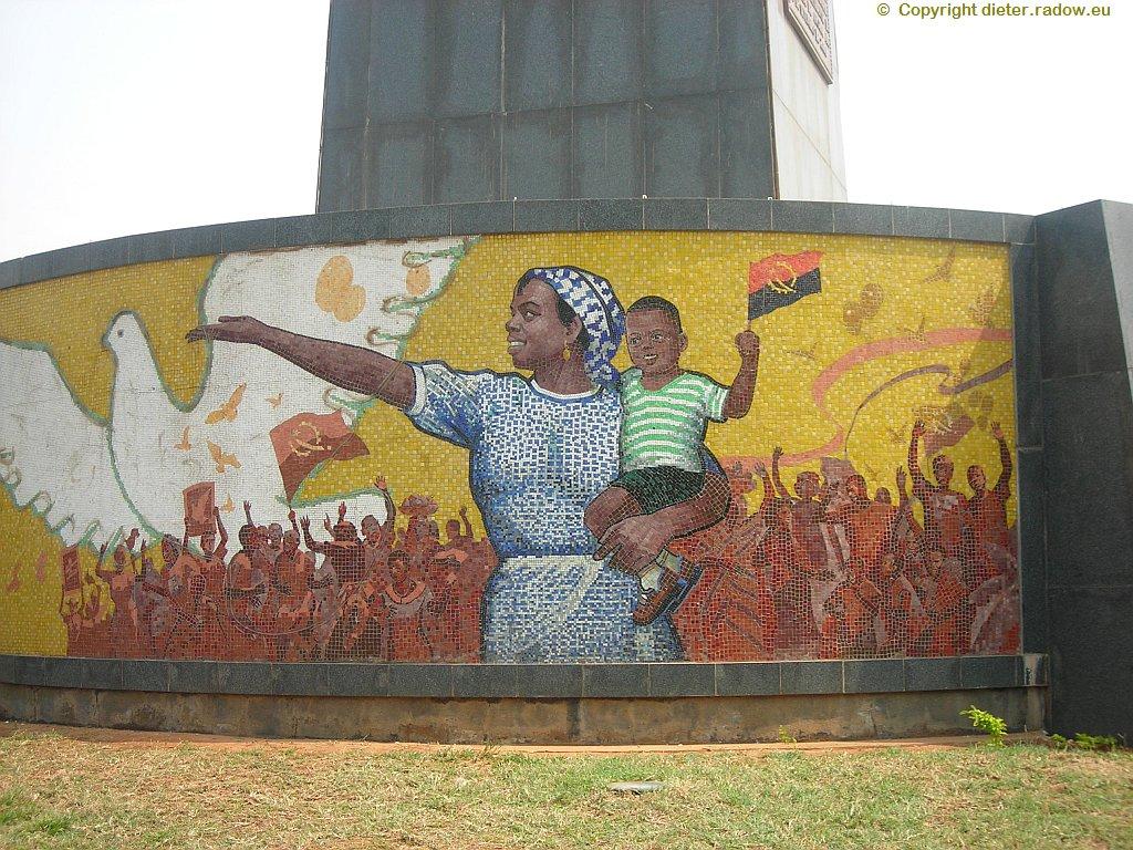 Luanda - Denkmal der Unabhängigkeitsfeiern 1975