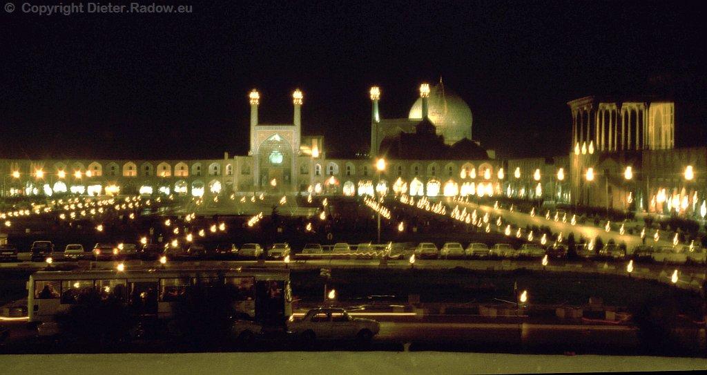 M 719 Isfahan Meydan-e Imam- Weltplatz-bei Nacht
