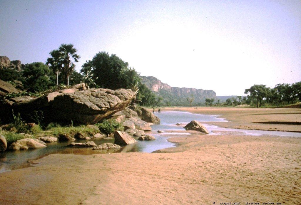 Mali Bandiagara Fluß vor Austrocknung