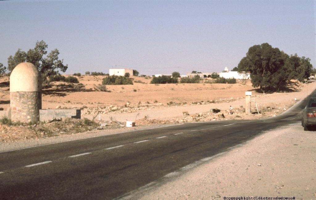Tunesien Wadi mit Wadimeter