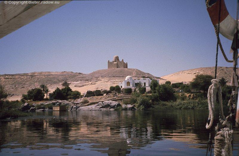 Ägypten Assuan  mit Aga Khan Mausoleum