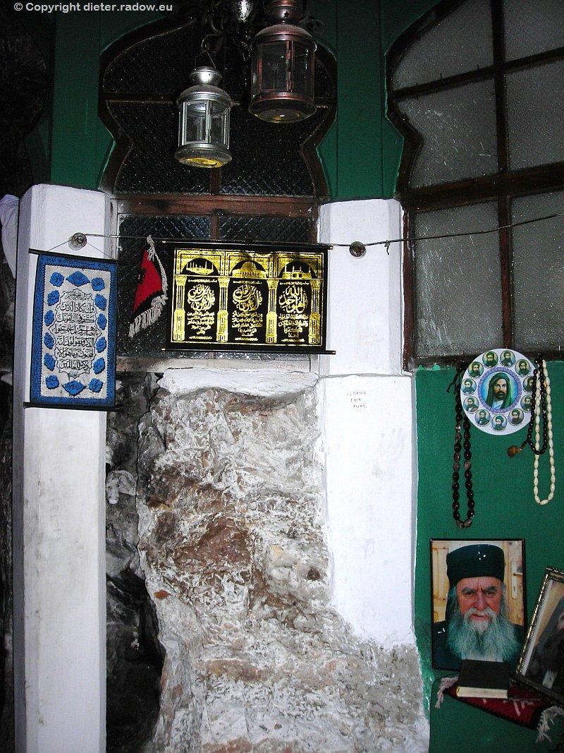 Albanien Kruje 2007 Bektashi Höhle im Skanderbeg-Berg