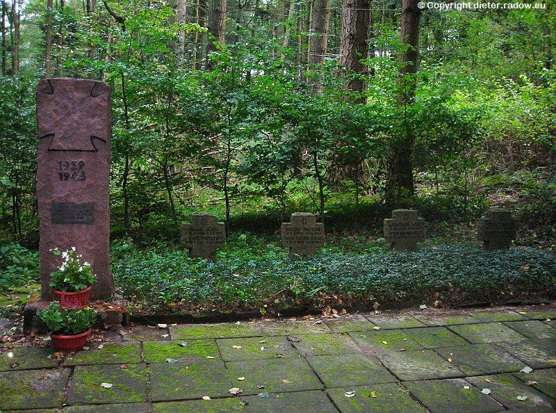 Deutschland Niedersachsen Schaumburg Soldatengräber 1945
