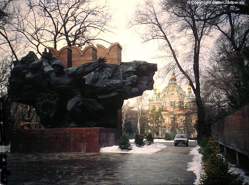 Kasachstan Alma Mata Kriegerdenkmal